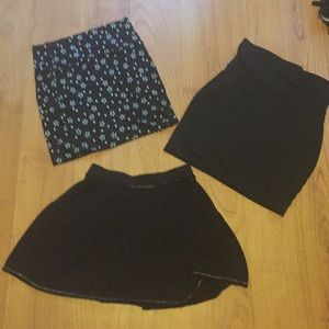 Black basic goth mini skirt bundle of 3 Size small